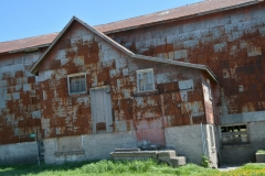 Barn Rusty #3530