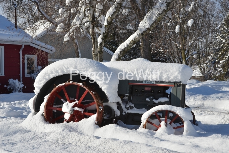 Tractor Bloomfield Winter #3422