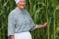 Garden Macaulay Woman Corn (v) #2029
