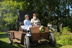Pioneer Days Horseless Carriage #2055