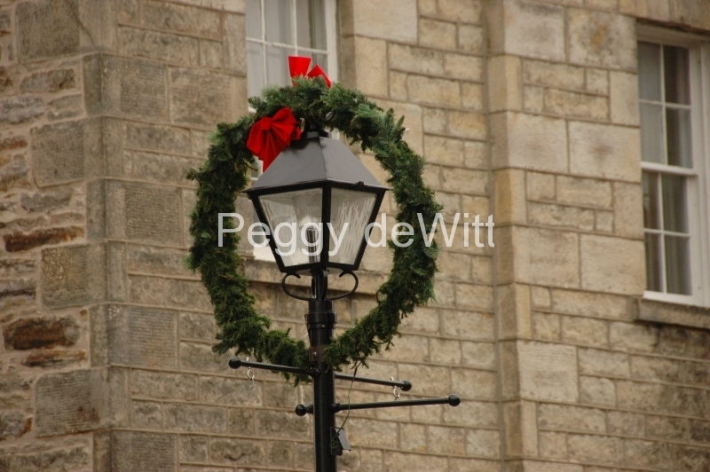 Perth Christmas Lamp #1380