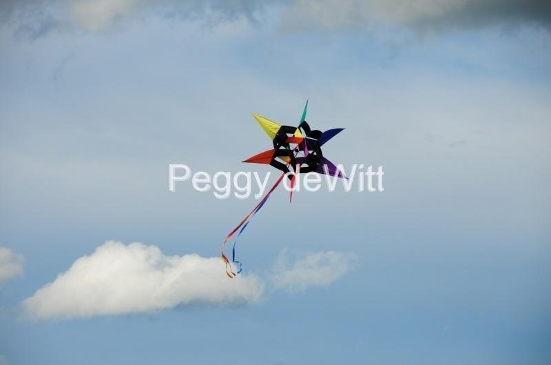 Kite Clouds #3274