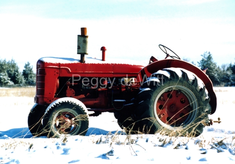 Tractor Red Winter #264