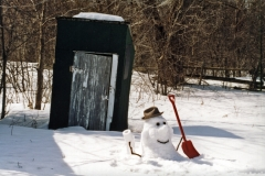 Snowman Outhouse #414